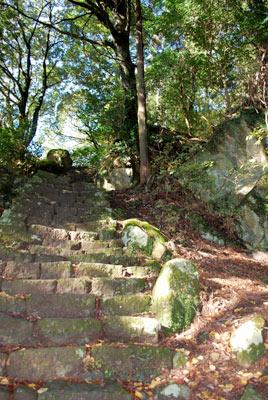 男坂の急階段